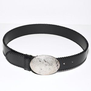 Gap Vintage Italian-Leather Oval Trophy Belt